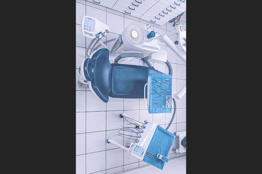 καρέκλα ασθενούς οδοντιατρείου